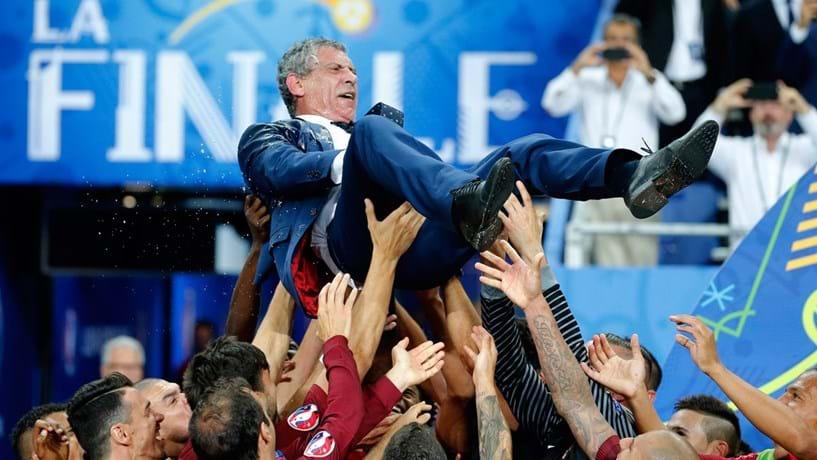 Fernando Santos finalista do prémio de treinador do ano da FIFA