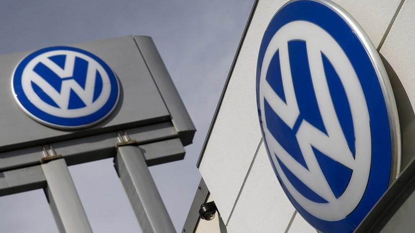 Volkswagen vai contratar mais de mil especialistas em realidade virtual e inteligência artificial