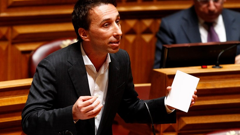 PSD vê com agrado propostas sobre aprofundamento da União Económica e Monetária