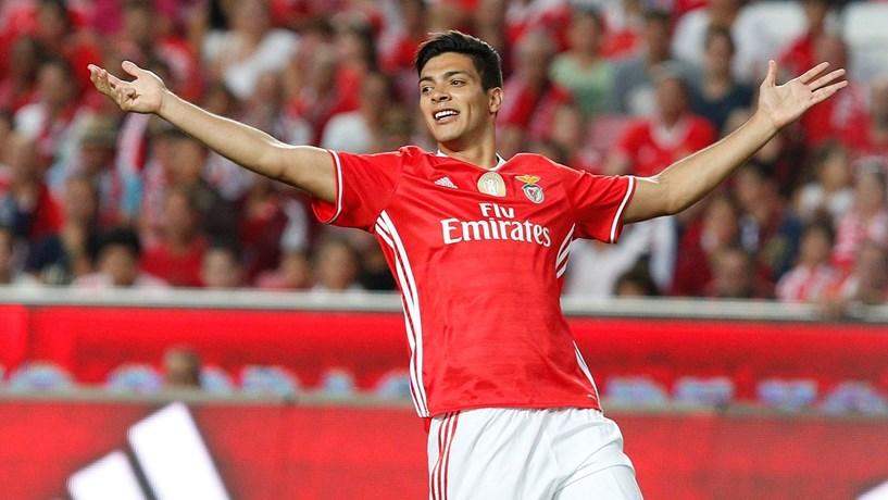 Novas limitações financeiras aos clubes chineses 'travaram' benfiquista Jimenez