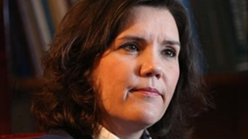 CDS-PP: Governo tem que pedir de imediato saída do procedimento por défice excessivo