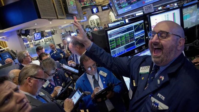 Novembro foi o melhor mês de Wall Street desde Março