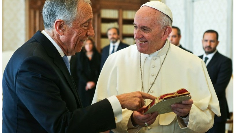Papa Francisco reúne-se com Marcelo e Costa e está menos de 24 horas em Fátima