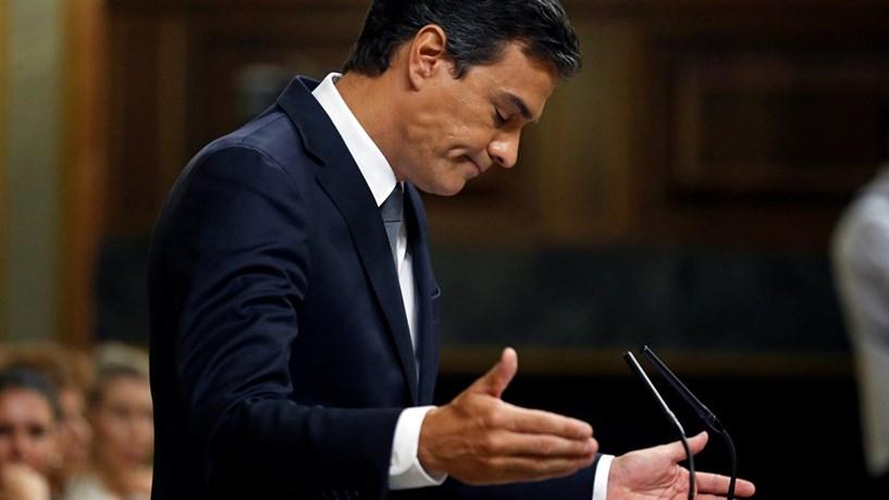 Sánchez promete PSOE de esquerda no regresso à liderança do partido
