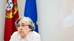 Teodora Cardoso: Para baixar juros