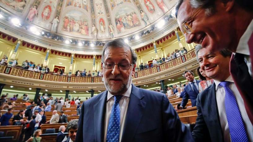 Cumprir défice, baixar impostos e aumentar a despesa? Impossível avisa Rajoy