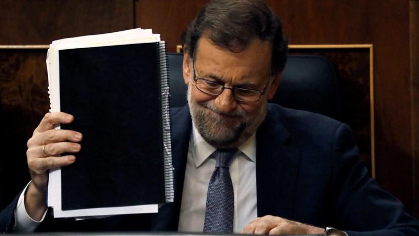 Espanha vai baixar taxas dos aeroportos em 11% até 2021
