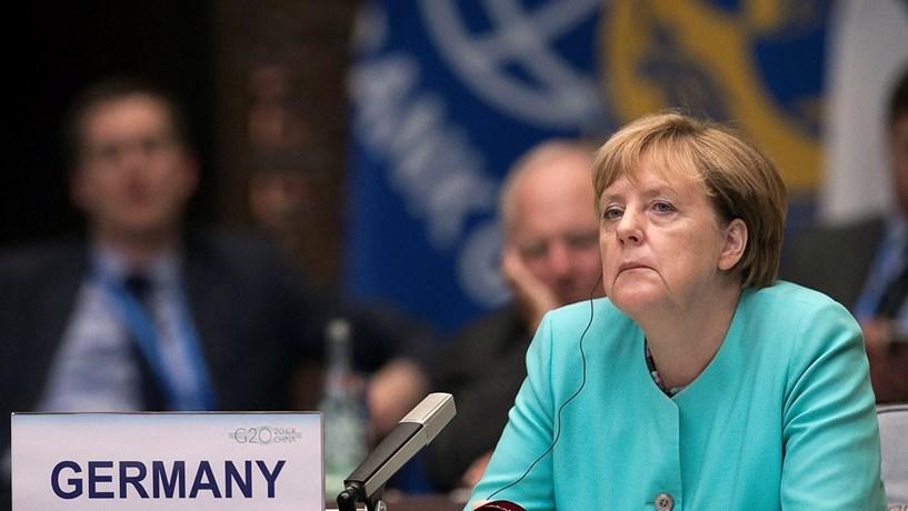 Merkel alerta para possível interferência russa nas eleições alemãs