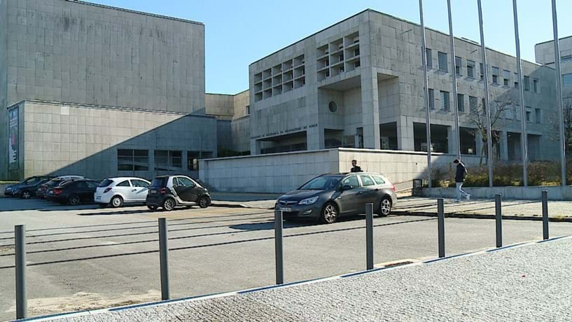 """Porto """"oferece"""" 1.500 empregos a engenheiros"""