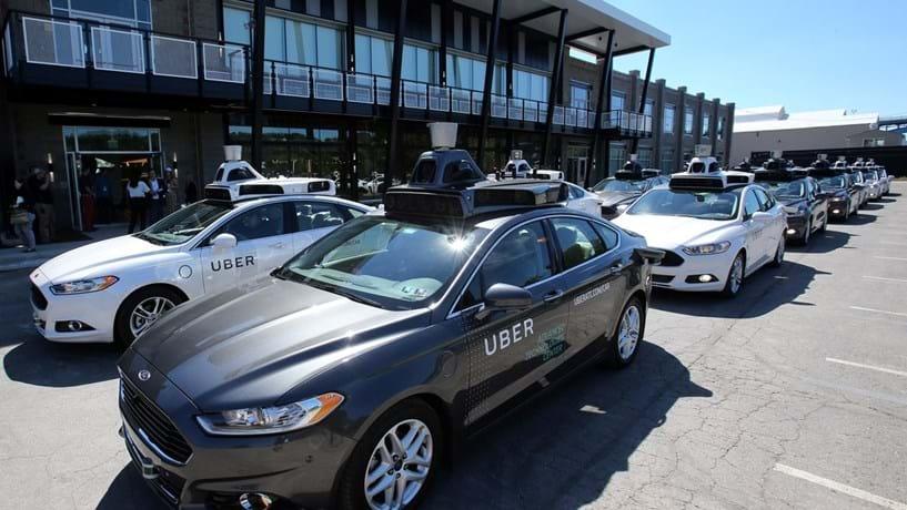 Uber desafia a legislação da Califórnia com veículos autónomos