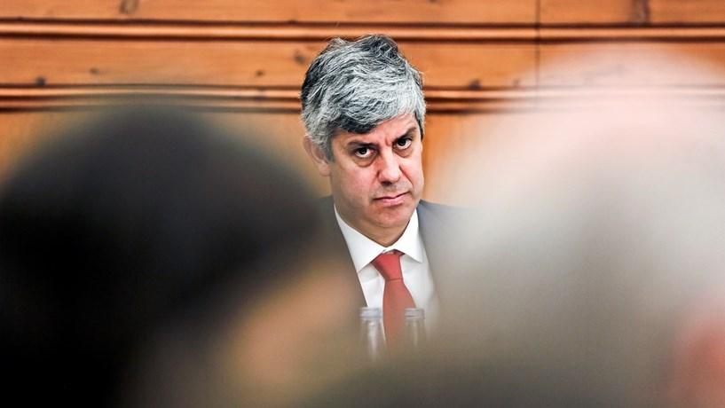 """Centeno rejeita """"liminarmente"""" reestruturação da dívida portuguesa"""