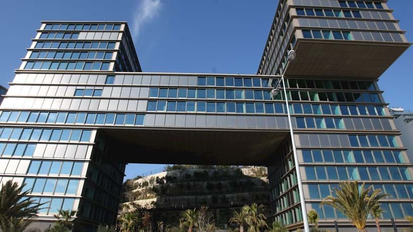 Governo sobe limiar do novo imposto sobre o património para 600 mil euros