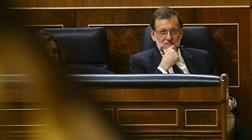 """Madrid anuncia """"bomba atómica"""" depois de Puigdemont ameaçar votar independência"""