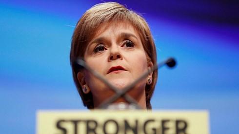 Governo escocês congela segundo referendo à independência