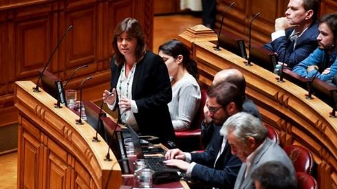 Solução do Novo Banco sem apoio dos partidos à esquerda do PS