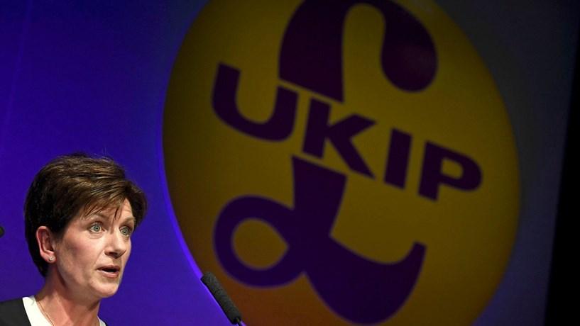Líder do UKIP demite-se depois de 18 dias no cargo