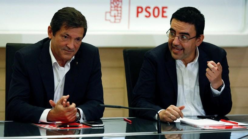PSOE decide este domingo futuro de Rajoy e de Espanha