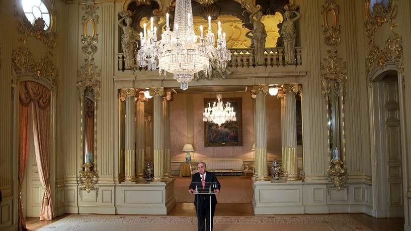 """Guterres recebe """"apoio firme"""" da ONU com """"humildade"""""""