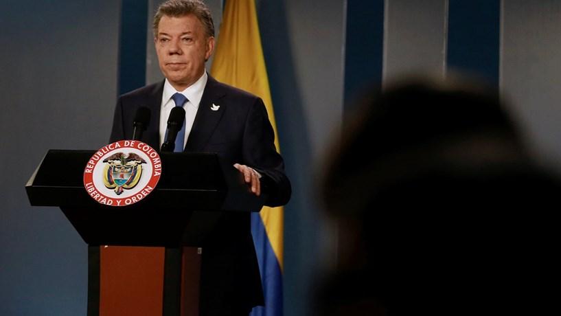 Santos estudou Mandela para fazer a paz na Colômbia