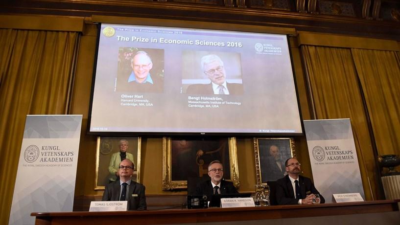 Nobel da Economia atribuído a Oliver Hart e Bengt Holmström