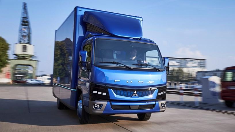 Fuso apresenta camião 100% eléctrico produzido em Portugal