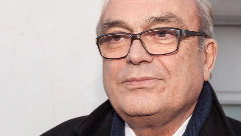 Morreu José Lello