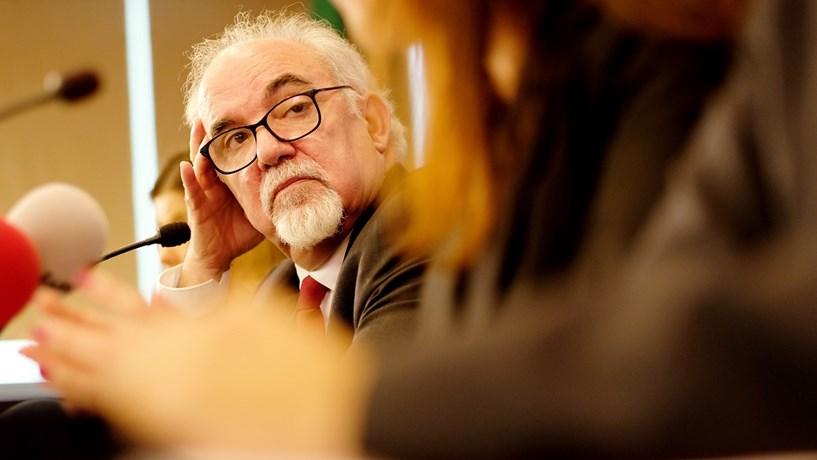Vieira da Silva evita comprometer-se com o valor do salário mínimo