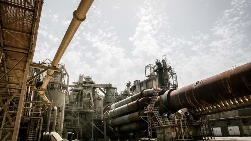 Fábrica da Secil gera 120 milhões de euros e quase 1.700 empregos no país
