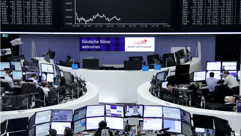 Abertura dos mercados: Bolsas europeias em queda e dólar recua de máximos