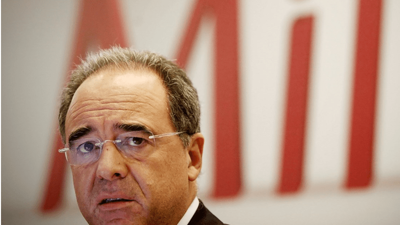 BCP afunda quase 5% na estreia das novas acções