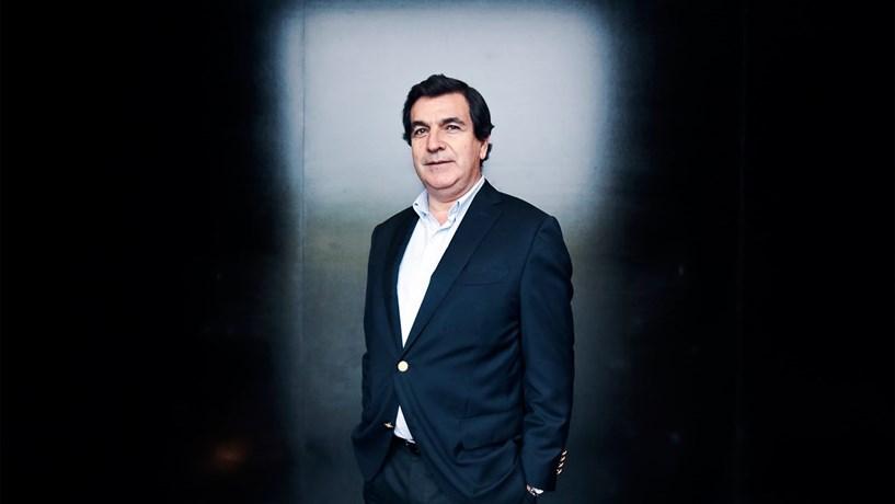 """Melo Ribeiro: """"O país cria riqueza, só que, de tempos a tempos, deita-a fora"""""""
