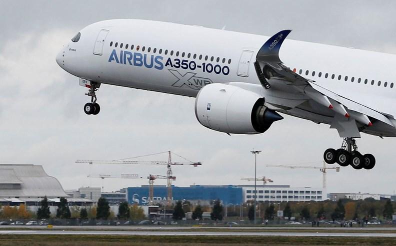 O maior bimotor da Airbus já chegou aos céus