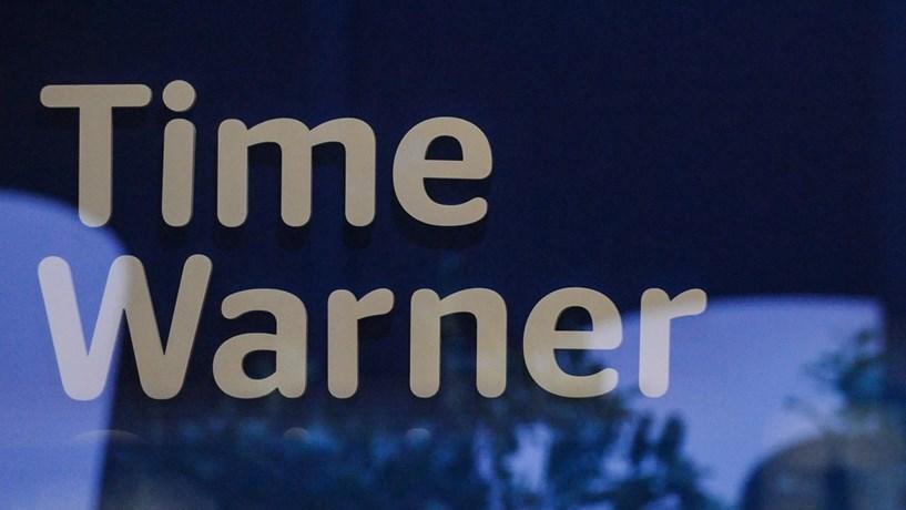 Accionistas da Time Warner aprovam fusão com a AT&T