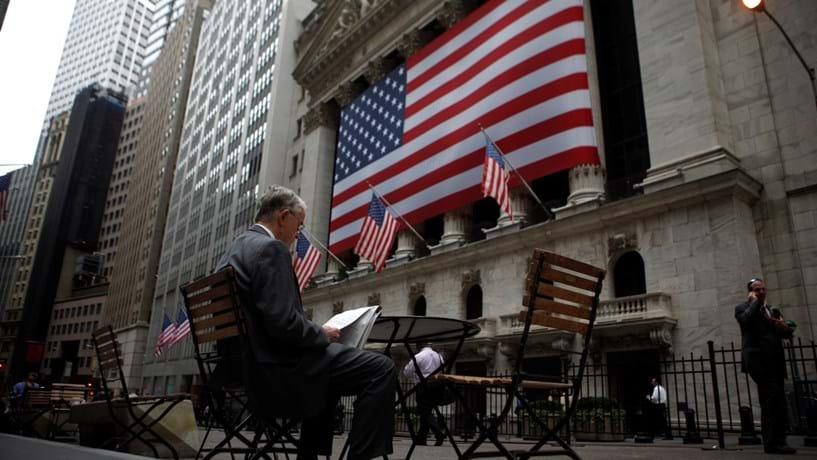 Wall Street no verde apoiada pela valorização do crude