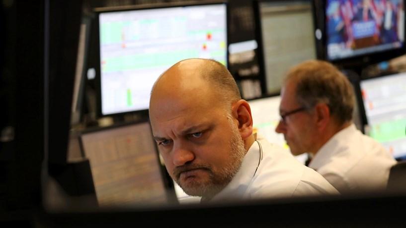 Abertura dos mercados: Bolsas sem definição enquanto euro e petróleo sobem