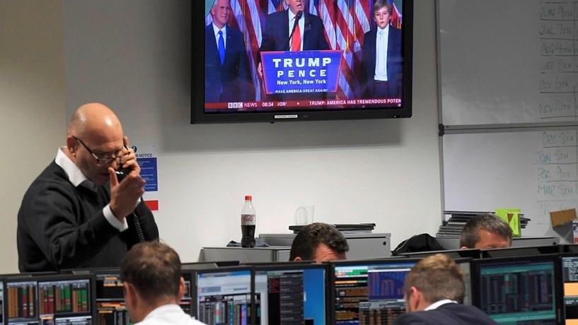 Abertura dos Mercados: Juros agravam, bolsas recuam e dólar avança