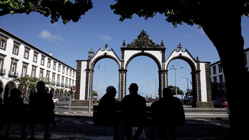 Mau tempo nos Açores cancela voos, mais de 300 passageiros afectados