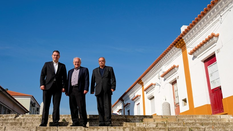 Governo abre a porta a investimentos na margem Sul