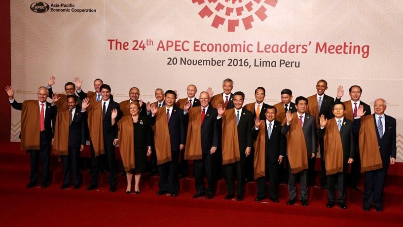 Líderes do fórum económico Ásia-Pacífico comprometem-se a combater proteccionismo