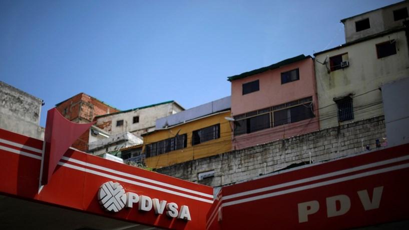 PDVSA paga apenas parcialmente juros da dívida ao JPMorgan