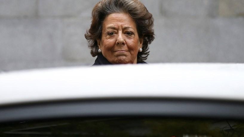 Ex-líder do PP de Valência Rita Barberá morre com enfarte