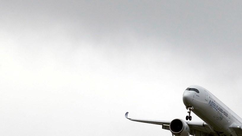 Compra de 10 mil milhões junta gigantes da aeronáutica francesa