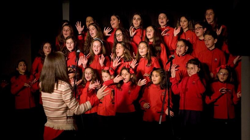 Pequenos Cantores dão grandes talentos à Maia
