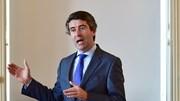 Governo mantém conselho para portugueses no Reino Unido pedirem documentos de residência