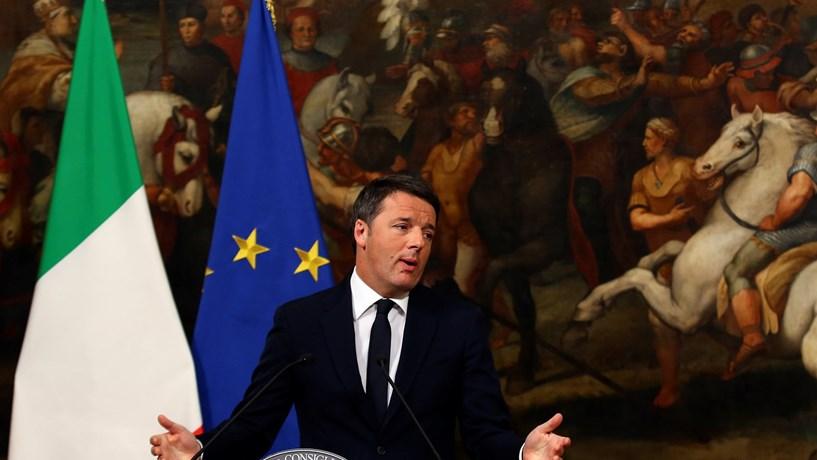 """Renzi: """"A experiência do meu Governo termina aqui"""""""