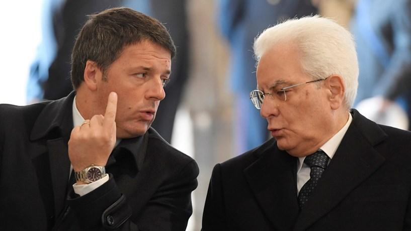 Renzi reúne-se com presidente às 16:00