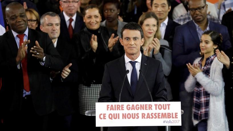 Hamon e Valls vão disputar lugar dos socialistas nas presidenciais em França