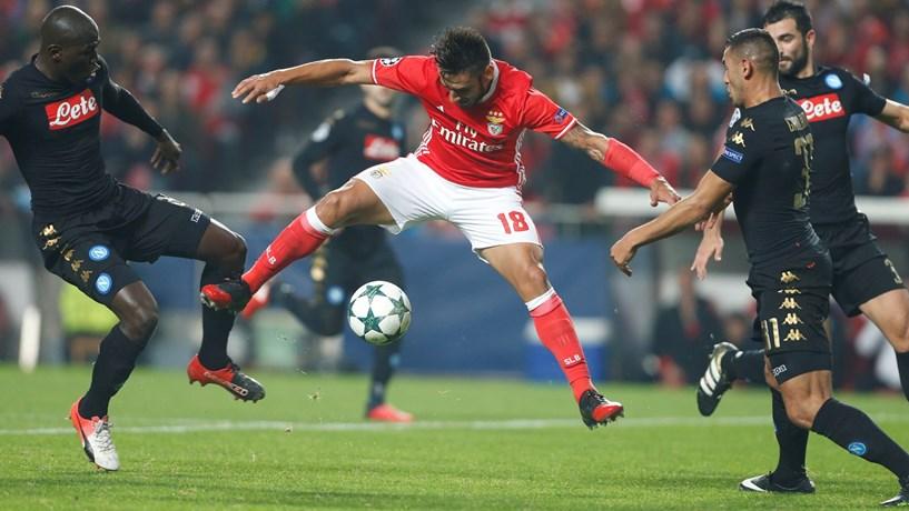 Benfica apura-se para os oitavos da Liga dos Campeões