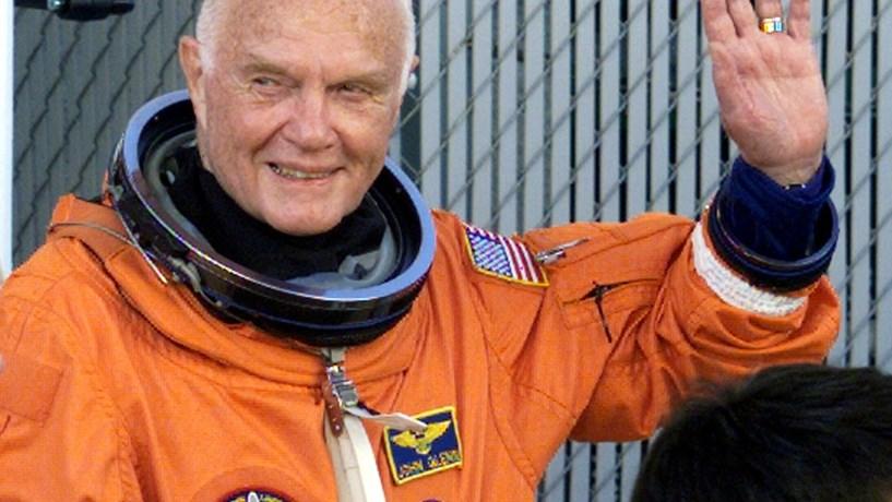Morreu o primeiro astronauta dos EUA a dar a volta ao planeta Terra