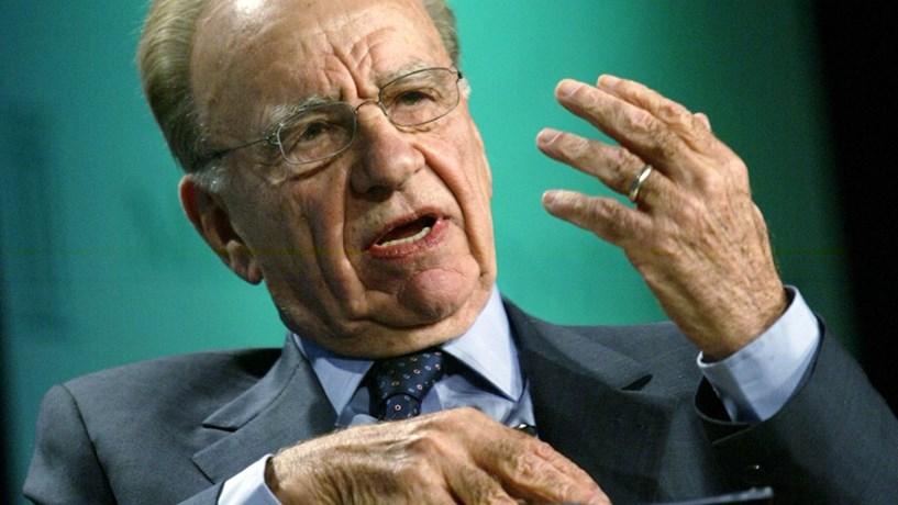 Fox negoceia compra da Sky e acções disparam mais de 30%